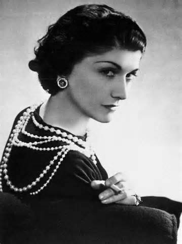 coco chanel: most influential womenís fashion designer essay Take-home final exam some examples of misogyny: - st thomas aquinas: (l'homme peut corriger sa femme avec des mots mais aussi avec des verges) man can correct his wife with words but also with a rod.